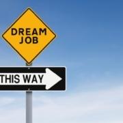 Top 5 factori de care sa tii cont in alegerea carierei ideale